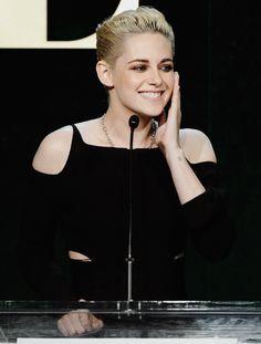 Robert Pattinson dating geschiedenis Zimbio Verwaande Funny dating profiel voorbeelden