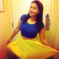 DIY snow white costume. It would be better with a tulle underlay!