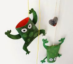 Kids can make these cardboard tube frogs and then play to catch flies in their mouths