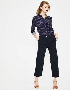 de32897917377e PRELOVED BODEN Rachel Wide Crop Chino Trousers size 6 navy sample  fashion   clothing