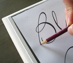 Inspiring Ideas with artist Jeanne Winters: Lettering Tutorial Doodle Lettering, Creative Lettering, Brush Lettering, Lettering Styles, Calligraphy Letters, Typography Letters, Modern Calligraphy, Calligraphy Practice, Police Script