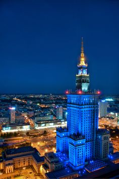 Pałac Kultury - Warsaw, Poland or Stalin's Wedding Cake :) Places To Travel, Places To Go, Warsaw Poland, I Want To Travel, My Heritage, Future Travel, City Lights, Homeland, Empire State Building