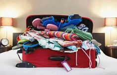Tips to avoid overpacking - Simple packing tips that help you avoid overpacking and will do wonders for your light and easy-going trip. Cruise Packing Tips, Vacation Packing, Travel Packing, Travel Tips, Packing Hacks, Travel Hacks, Travel Ideas, Cruise Travel, Travel Advice