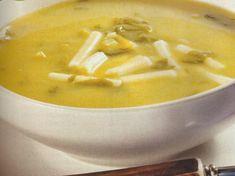 Receita de Sopa de Agrião -A sopa é indispensável na nossa alimentação. Ao habituar os seus filhos a comerem um prato de sopa no início da refeição, está a dar o exemplo de uma alimentação correcta e muito nutritiva.