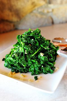 Garlic Panfried Kale by pioneerwoman: Add red pepper flakes if you like! #Kale #Panfried #Garlic #Healthy