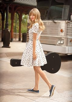 Taylor Swift in polka dots for the Keds commercial
