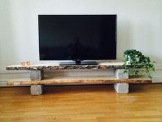Newest Photos TV bench - # TV bench Ideas There's nothing Greater than a intelligent IKEA Crack of worn area, and it is a good explanation Home Diy, Concrete Diy, Diy Tv Stand, Cool House Designs, Room Diy, Tv Furniture, Diy Furniture Projects, Apartment Decor, Home Deco