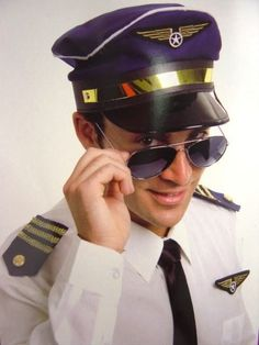 Aviator Pilot Captain Hat Badge And Epelets Mens Costume Kit