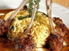Real Mexican Food, Mexican Food Recipes, Ethnic Recipes, 185, Lamb Recipes, Spaghetti, Good Food, Pasta, Meals