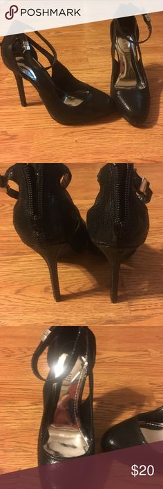 "Jennifer Lopez Black Stilettos Jennifer Lopez Black Stilettos. Zippers on the back. Heel is 4.5"". Barely worn, like new! Jennifer Lopez Shoes Heels"