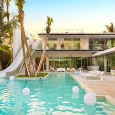 d8mart.com Pine Tree Drive Miami Beach Florida. Hit like if you love this… #mansion #luxuryrealestate #luxuryhome #luxo #estate Mens Style