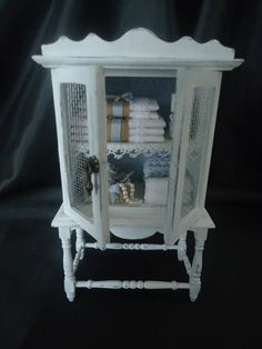 AdorableShabby chic linencabinet 1/12th scale