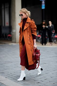 Парад самых модных сумок сезона на улицах Лондона | Журнал Harper's Bazaar