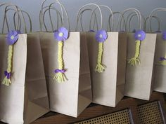 Artliciouscrafts: Tangled Party: Partybag Favors Idea