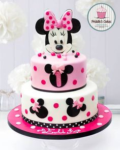 Birthday cake ideas for women minnie mouse 60 best IdeasYou can find Minnie mouse cake and more on our website.Birthday cake ideas for women minnie mouse 60 best Ideas Bolo Da Minnie Mouse, Bolo Mickey, Minnie Mouse Birthday Cakes, Minnie Cake, Mickey Mouse Cake, Themed Birthday Cakes, Mickey Birthday, First Birthday Cakes, Birthday Cake Girls
