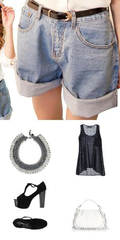 How to wear those jean shorts for an evening look #patriziapepe shirt.