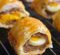 Pastry Recipes, Bread Recipes, Baking Recipes, Cake Recipes, Snack Recipes, Snacks, Resep Pastry, Puff Pastry Appetizers, Sweet Pastries