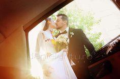 Let me be your wedding dress ! Bride, Wedding Dresses, Photography, Fashion, Bride Dresses, Fotografie, Moda, Photograph, Bridal