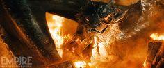 Smaug burns Lake-town