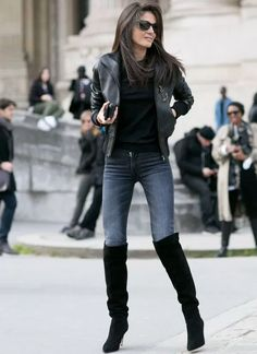 For an outfit that's very straightforward but can be styled in a myriad of different ways, choose a black leather bomber jacket and charcoal skinny jeans. Introduce a pair of black suede over the knee boots to this look to step Komplette Outfits, Winter Outfits, Casual Outfits, Black Outfits, Casual Jeans, Casual Boots, Winter Dresses, Spring Outfits, Fashion Outfits