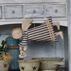 Christmas Art, Handmade Christmas, Crochet Angels, Creative Box, Mermaid Dolls, Diy Toys, Xmas Decorations, Diy And Crafts, Textiles