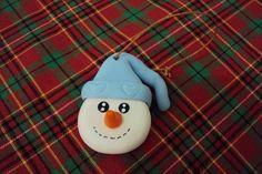 Enfeite para árvore de Natal - boneco de neve de biscuit.