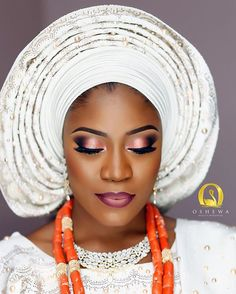 Shou out to our bride Adeola @adeolalucy from her introduction makeup➡️Prewedding makeup ➡️Tradmarriage makeup ➡️whitewedding makeup Thank you for trusting us. God bless your union @jibo2031 Asooke by @bimmms24 Event planner @bisolatrendybee @taos_inc lipstick #oshewabeautymakeup #oshewabeautybride