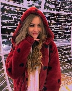 Tumblr Fashion, Sabrina Carpenter, Badass, Ale, Diana, Unicorn, Winter Hats, Celebs, Stars