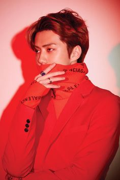 """EXO has shared their first individual teaser images for """"Love Shot""""! Teaser photos of Kai and Sehun were revealed on December 7 as the group prepares for the release of the repackaged version of their latest album """"Don't Mess Up My Tempo. Baekhyun, Exo Kai, Lay Exo, Park Chanyeol, Kpop Exo, Exo Ot12, Kaisoo, Chanbaek, Yoona"""