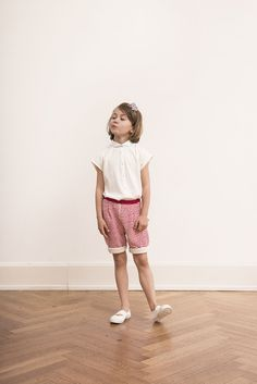 Check out this beautiful Summer Look, it is perfect for every day and any occasion! Find it in our ONLINE-SHOP: classy Peter Pan Collar Blouse http://www.macarons-shop.com/en/kids/t-shirts/blouse-bianca-rib/a-3639/#.Vyn_8rfKODo and striped shorts made of our special for Macarons developed CRASH fabric http://www.macarons-shop.com/en/kids/pants-kids/shorts-sina-crash/a-3666/#.Vyn_sLfKODp