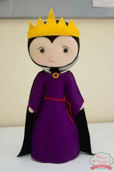 Bruxa má - Branca de neve Felt Diy, Felt Crafts, Diy And Crafts, Felt Dolls, Softies, Pattern Making, Puppets, Crochet Hooks, Disney