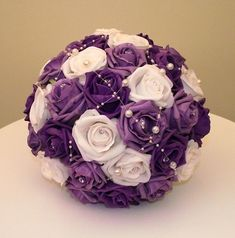 Google Image Result for http://www.evergreenflowerhire.co.uk/USERIMAGES/Brides%2520Bouquet.jpg