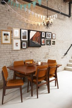 exposed brick wall, pendant decoration
