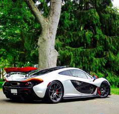 The McLaren held the world record for the fastest production car in the world for many years. The car was first produced in 1992 and still looks great today. Bugatti, Lamborghini, Ferrari, Mclaren Cars, Mclaren P1, Audi Cars, Koenigsegg, Sexy Cars, Hot Cars