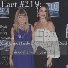 "865 Synes godt om, 4 kommentarer – Twilight Facts (@twilightfactss) på Instagram: ""~ @iamnikkireed is pregnant and the way she announced it was adorable. You'll probably never see…"""