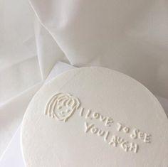 ☁️ I think I just found my favorite cake designs Pretty Birthday Cakes, Pretty Cakes, Funny Birthday Cakes, Cake Birthday, White Aesthetic, Aesthetic Food, Japanese Aesthetic, Aesthetic Pastel, Simple Cake Designs