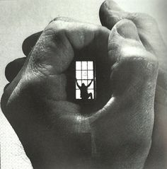 A world in your hands.  (FFFFound.com)