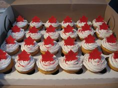 Canada Day- Totally doing this next year! Canada Day 150, Canada Day Party, Happy Canada Day, Canada Eh, Cupcake Toppers, Cupcake Cakes, Canadian Party, Holiday Recipes, Holiday Ideas