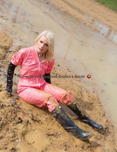 Mudding Girls, Wellies Boots, Rain Wear, Hunter Boots, Leather Pants, Cute Outfits, Women's Fashion, Sexy, How To Wear