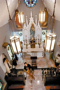 Nothing this elaborate, but I'd like my own private chapel in my house.