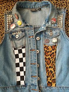 Size small/medium denim punk vest with Misfits back patch, studs, spikes, and pins. Cute Grunge Outfits, Punk Outfits, Batman Outfits, Hipster Outfits, Pink Denim Jacket, Denim Jacket Patches, Jean Vest, Punk Jeans, Punk Jackets