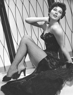 Nothing fake on Ava Gardner only the beauty of a real female attractiveness as a matter of fact by the Great Leader Grizzled Hoary Grey Monarch or King-Evangelio Evangelos.