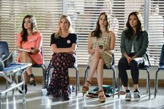 """#PLL 5x19 """"Out, Damned Spot"""" - Aria, Hanna, Spencer and Emily"""