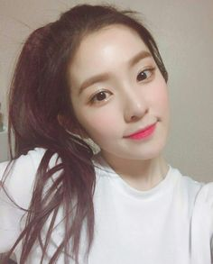 red velvet, irene, and kpop image Red Velvet アイリーン, Red Velvet Irene, Seulgi, Kpop Girl Groups, Kpop Girls, Korean Girl, Asian Girl, Korean Idols, Korean Music