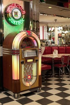 50s Themed Diner with Wurlitzer Jukebox