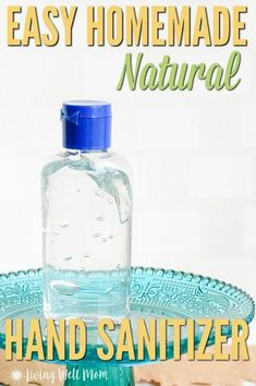 Looking for a natural hand sanitizer for your kids? This HOMEMADE hand sanitizer. - Looking for a natural hand sanitizer for your kids? This HOMEMADE hand sanitizer has 3 simple all-n - Home Made Hand Sanitizer, Hand Sanitizer Dispenser, Natural Hand Sanitizer, Home Made Soap, Best Hand Sanitizer, Water Dispenser, Natural Disinfectant, Disinfectant Spray, Rubbing Alcohol