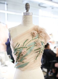 A behind the scenes look at the Marchesa Fall/Winter 2018 Collection. #marchesa #fw18marchesa