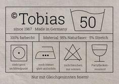 Witzige Party-Einladung mit Waschanleitung-Etikett zum 50. Geburtstag. Einfach nur eigene Texte einsetzen!  #EinladungGeburtstag.de