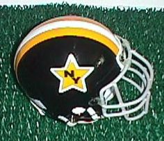 New York Stars World Football League, Nfl Football, Football Helmets, School Stuff, Old School, Collage Football, Professional Football Teams, Vintage Helmet, Sports Stadium