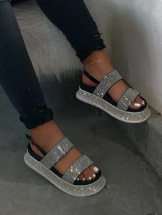 Bling Sandals, Sparkly Sandals, Cute Sandals, Fashion Slippers, Fashion Sandals, Jordan Shoes Girls, Girls Shoes, Hype Shoes, Casual Heels